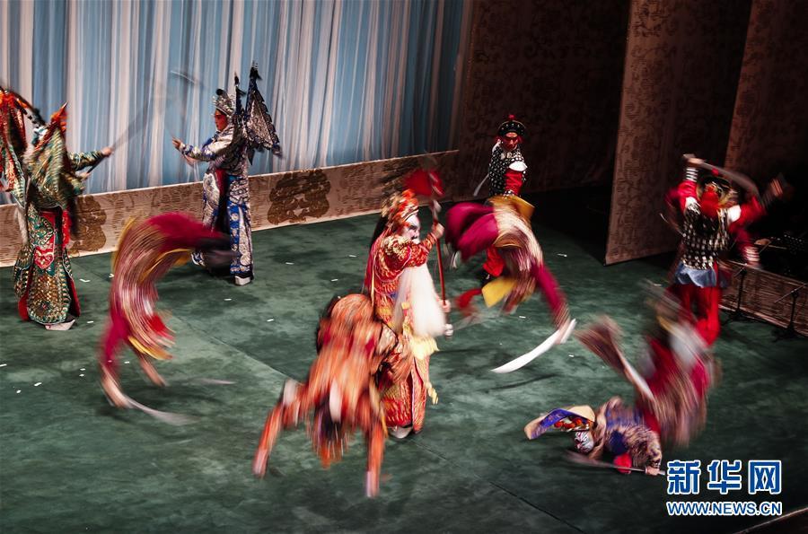 中国国家京剧院英国上演《将相和》