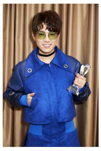 歌浴森获最欣赏新势力男歌手 亮相中国新歌榜