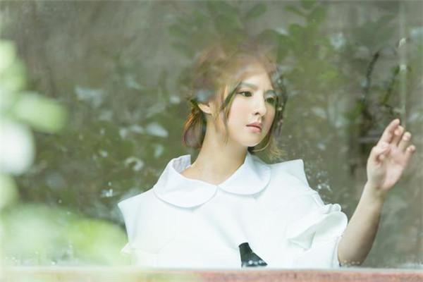 郭静《该忘的日子》MV首发 演绎矛盾爱情